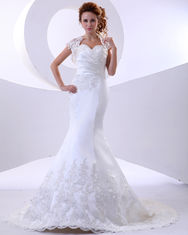 Elegant mermaid Lace flower Halter Neck Wedding Dresses with Short Sleeve